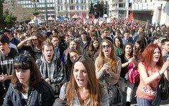 Митинг в Афинах. Фото с сайта kprf.ru