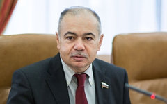 Ильяс Умаханов. Фото с сайта council.gov.ru
