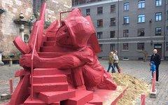 Детская горка в Риге. Фото с сайта pravoslavie.ru