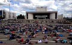 Акция орловчан в поддержку жителей Донбасса. Стоп-кадр с видео в YouTube