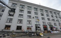 Обладминистрация Луганска после авиаудара © РИА Новости, Евгений Биятов