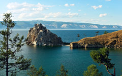 Озеро Байкал. Фото Владимира Калюжного с сайта wikimedia.org