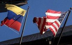 Флаги Венесуэлы и США. Фото с сайта ultimasnoticias.com.ve