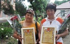 Жительницы Абинска, награжденные стражами порядка за содействие в раскрытии огр