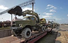 Украинские военные вывозят технику из Крыма © РИА Новости, Тарас Литвиненко