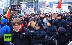 Митинг в Ганновере. Стоп-кадр телеканала Russia Today