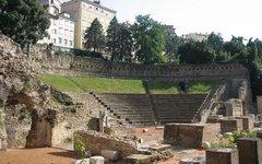 Руины древнеримского театра. Фото с сайта wikimedia.org