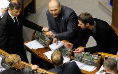 Владимир Парасюк (крайний справа) © РИА Новости, Александр Максименко