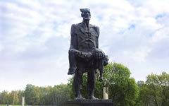 Мемориал «Хатынь». Фото с сайта khatyn.by