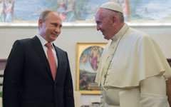 Владимир Путин и Папа Римский Франциск © РИА Новости, Сергей Гунеев