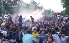 Акция протеста в Ереване. Стоп-кадр с видео в YouTube