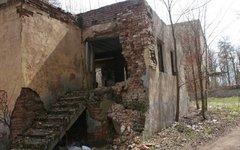 Разрушенный дом © KM.RU