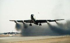Взлет Boeing KC-135. Фото с сайта wikimedia.org