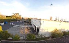 Опубликовано видео гонки дронов по переполненному складу