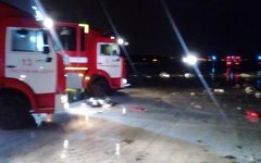На месте трагедии работают сотрудники МЧС России по Ростовской области. Фото с с