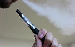 Электронная сигарета. Фото с сайта pixabay.com