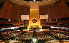 Зал Генеральной Ассамблеи ООН. Фото с сайта wikipedia.org