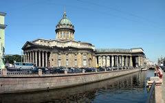 Казанский собор. Фото Витольда Муратова с сайта wikipedia.org