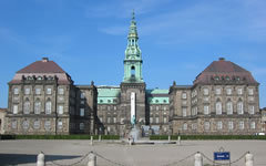 Парламент Дании. Фото с сайта wikipedia.org