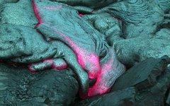 Застывающая лава. Фото Vintei с сайта wikimedia.org
