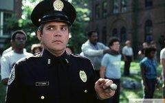 Кадр из фильма «Полицейская академия». Фото с сайта kinopoisk.ru