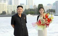 Ким Чен Ын и Ли Соль Чжу. Фото с сайта pikabu.ru