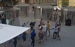 Буйные туристы проломили голову официанту в центре Праги