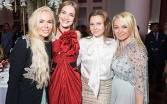 Алиса Лобанова, Наталья Водянова, Мария Гордиенко, Яна Рудковская Фото Toy,ru