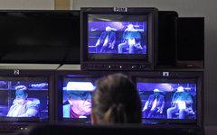 Депутат из Сочи подарил пенсионеру телевизор с призывом смотреть один канал