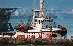 Испания примет судно с мигрантами, от которого отказалась Италия