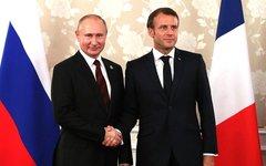 Беседа с президентом Франции Эммануэлем Макроном © KM.RU, Пресс-служба Кремля