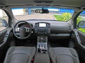Nissan Navara. Фото 4 Auto.km.ru
