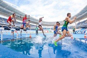 «Наших спортсменов как будто специально выдавливают за пределы страны»
