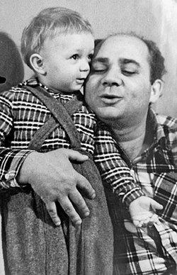 Андрей Леонов биография, фото, его отец и жена