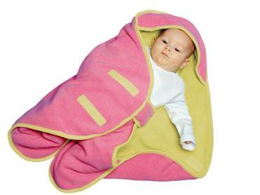 Также при покупке одежды для вашего малыша очень важно обращать внимание на ткань, из которой изготовлена одежда. Нужно отдать предпочтение натуральным