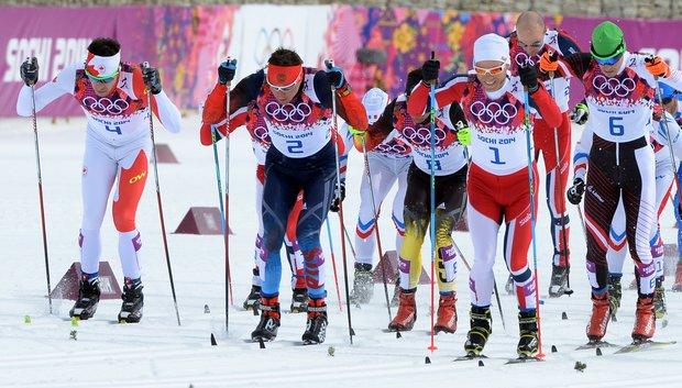Жаркие зимние твои хроника второго дня Олимпиады Сочи  Лыжная гонка началась Стартуют 68 человек включая наших спортсменов