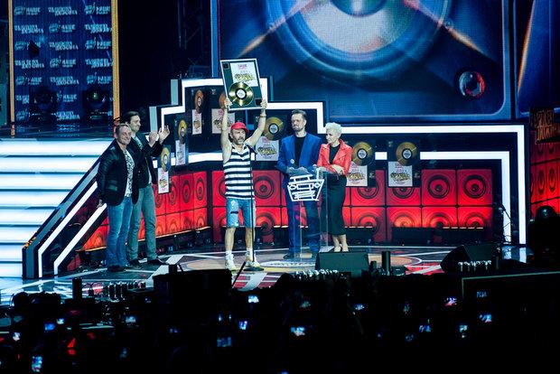 «Би-2» и«Ленинград» получили награды «Чартовой дюжины»